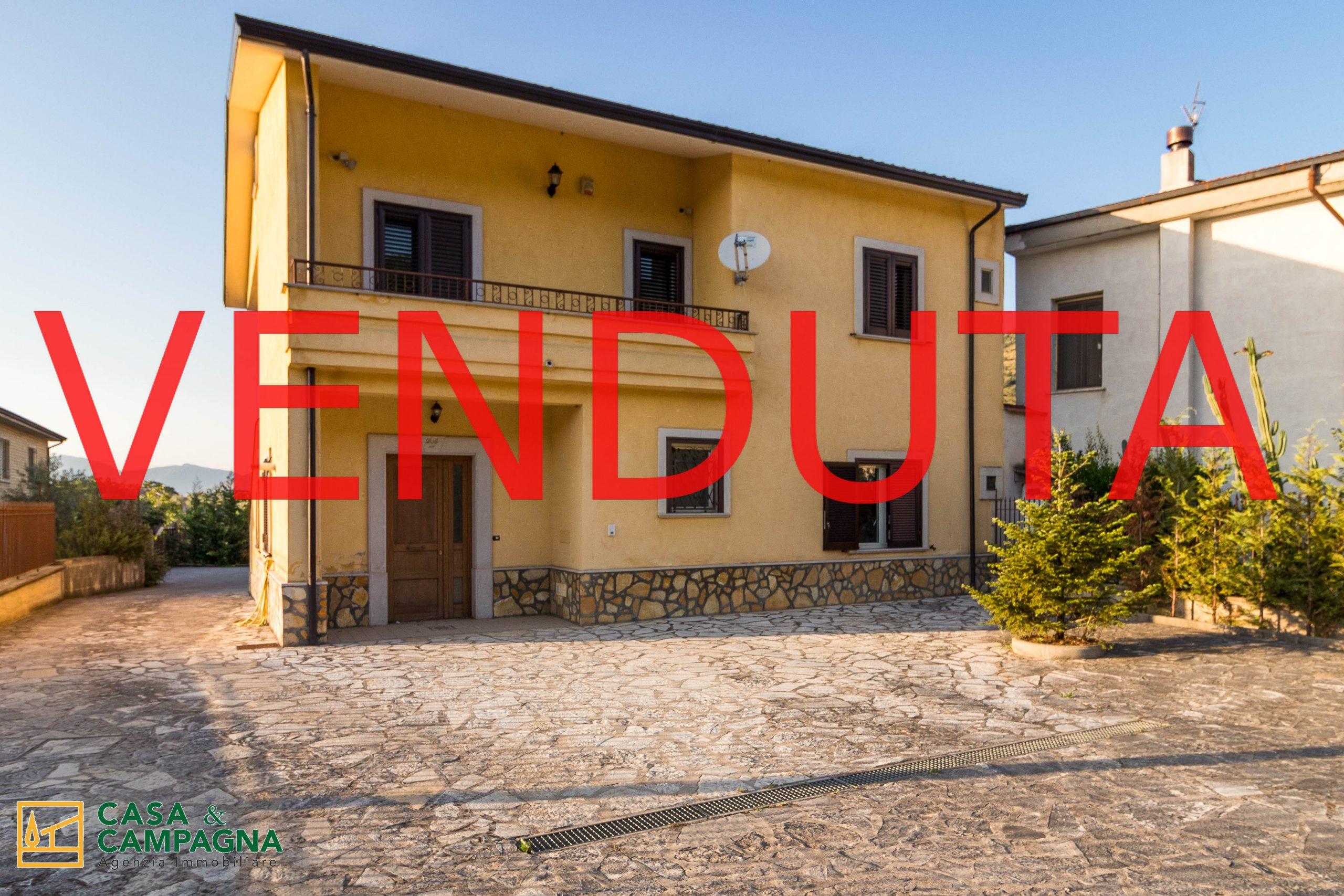 Case in vendita  Riardo